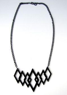 geometric shapes necklace: diamonds