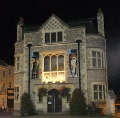 Tudor Style built in 1902 Winchester Castle, Winchester Hampshire, Hampshire England, Best Pubs, City Museum, Walled City, Old Farm Houses, Tudor Style, Daily Photo
