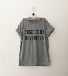 Avec des paroles, la musique est mon copain Funny chemises chemises Grunge T-Shirt Tumblr pour Womens Clothing Fashion Tops T Shirt