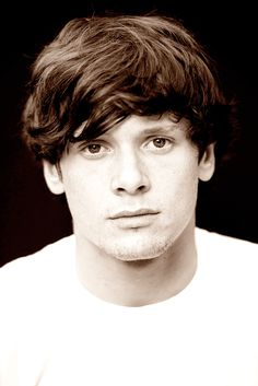 whattt your face  jack o'connell  @Sarah Chintomby Chintomby Leonard, another Dly face