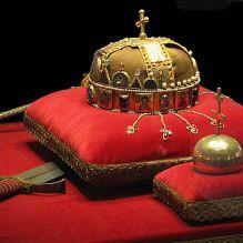 1280px-Crown,_Sword_and_Globus_Cruciger_of_Hungary2 Medieval Armor, Sword, Crown, Corona, Swords, Crown Royal Bags, Crowns