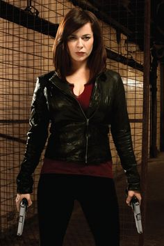 Eve Myles as Gwen (Elizabeth) Cooper on BBC series Torchwood. I would want Gwen Cooper on my side in any fight. Torchwood Miracle Day, Eve Myles, Russell T Davies, John Hart, Captain Jack Harkness, Tv Doctors, John Barrowman, Punk, Dr Who