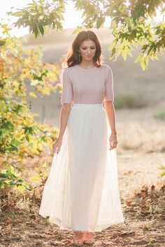 Morning Lavender, maxi skirt, tulle skirt, engagement shoot ideas, photoshoot outfit ideas