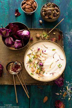 Homemade Instant Shrikhand recipe using greek yogurt and cream. Step by step recipe and video. Indian Chutney Recipes, Indian Dessert Recipes, Sweets Recipes, Indian Sweets, Shrikhand Recipe, Rustic Food Photography, Full Fat Greek Yogurt, Iran Food, Homemade Sweets