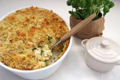 Fiskegrateng med erter og makaroni — FAMILIEMAT Macaroni And Cheese, Food And Drink, Pasta, Dinner, Ethnic Recipes, Mad, Dining, Mac And Cheese, Food Dinners
