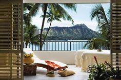 Halekulani - Waikiki, Oahu, Hawaii - Luxury Hotel Vacation from Classic Vacations
