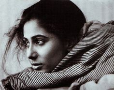 Smita Patil October 1955 – 13 December was an Indian actress of film, television and theatre. Regarded among the finest stage and film actresses of her times. Bollywood Cinema, Bollywood Actress, Bollywood Stars, Indian Actress Photos, Indian Actresses, Black N White Images, Black And White, American First Ladies, Indian Goddess