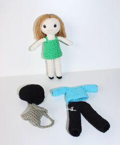 muñeca sesi con su ropita,muñeca amigurumi,doll