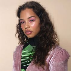 GOOEY BTS from TEEN VOGUE 💗Swipe to see the bubblegum look pre-gloss 💦💦 love the dimension in the eye 😍 products tagged in precious… Beauty Bible, Teen Vogue, Bubble Gum, Eye Products, Dreadlocks, Bts, Hair Styles, Flamingo, Instagram