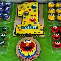 D'Angelo bday party ideas Elmo First Birthday, Boys 1st Birthday Party Ideas, Monster Birthday Parties, Elmo Party, Mickey Party, Dinosaur Party, Dinosaur Birthday, Baby Birthday, Sesame Street Birthday Cakes