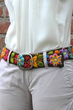 Embroidered belt floral #Accessories+women, #Belts+Suspenders, #Belts+women, #embroidered+belt, #handmade+belt, #colorful+belt, #peruvian+belt, #floral+belt, #sundance+belt, #womens+belts, #boho+belt, #fashion+belts, #waist+belt, #floral+ethnic+belt, #belt+organic+color, #belt+natural+dyes Flower Embroidery Designs, Hand Embroidery, Peruvian Art, Diy Belts, Indian Gowns Dresses, Idee Diy, Embroidered Clothes, Fashion Belts, Crochet Designs