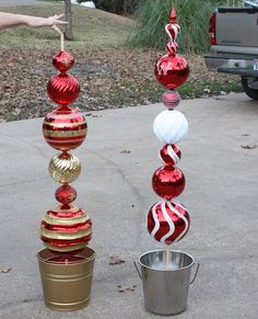 Christmas Lawn Decorations Ideas – Christmas Celebration – All about Christmas – Unique Christmas Decorations DIY Christmas Lawn Decorations, Christmas Topiary, Christmas Porch, Simple Christmas, Christmas Time, Christmas Wreaths, Christmas Ornaments, Cheap Christmas, Homemade Christmas