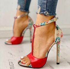 Good Vibrations Crazy Shoes, Dream Shoes, Me Too Shoes, Shoes Heels, Shoe Boots, Hot Shoes, High Sandals, Open Toe Sandals, High Heels
