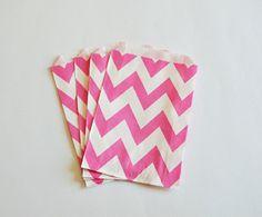 10 Sacchetti di carta chevron rosa shocking / Hot Pink Paper Bags (10 paper bags per pack)