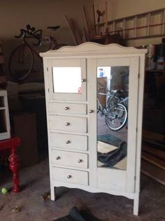 Antique chifferobe - $120 (Collierville)