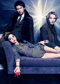 Adelaide Kane, Torrance Coombs, Toby Regbo } cast of Reign photoshoot