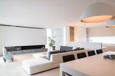 Home Decor Styles Living Room Modern, Living Room Interior, Home And Living, Living Room Designs, Contemporary Interior Design, Modern Interior, Casa Kardashian, Gold Bedroom Decor, Cheap Dorm Decor