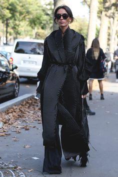 Streetstyle на парижской Неделе моды. Часть 2   Мода   VOGUE