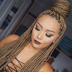 HAIRSPIRATION| Gorgeous #boxbraids on #mua @makeupbybrittanyantonio Bun life and a flawless beat #voiceofhair ========================= Go to VoiceOfHair.com ========================= Find hairstyles and hair tips! =========================