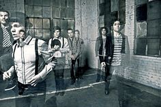 Fall Out Boy. I really really REALLY like Patrick with suspenders. Fall Out Boy, Emo Bands, Music Bands, Infinity On High, Soul Punk, Patrick Stump, Pete Wentz, Falling Down, Bands