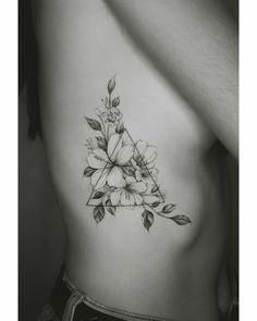 A wide variety of small tattoos for women small meaningful tattoos Rib Tattoos For Women, Tattoos For Women Flowers, Shoulder Tattoos For Women, Feminine Shoulder Tattoos, Shoulder Sleeve Tattoos, Unique Tattoos For Women, Back Of Shoulder Tattoo, Feminine Tattoos, Mini Tattoos