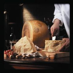 Parmigiano Reggiano. Try Ferrarini Parmigiano Reggiano DOP on www.ferrarinishop.it