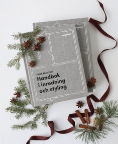 Handbok i inredning och styling Last Minute Christmas Gifts, Christmas Diy, My Images, Gift Wrapping, Interior Design, Books, Instagram, Magazine, Home Decor