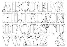 Spijkertekst: Alfabet ;Hoogte van de letter: 12,5cmElke letter is apart op A4 geprint.In lettertype `Stencil`Om zelf je eigen tekst mee te maken!