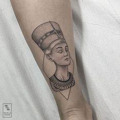 Nefertiti for Elena.  #dotwork #linework #blacktattooart #btattooing #blackworkerssubmission #inkstinctsubmission #equilattera