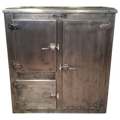 Antique Stainless Steel Industrial Ice Box/bar By Pilgrim