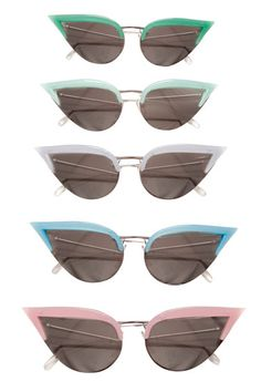 sunglasses in retro style by Rochas Mode Pastel, Sunglasses For Your Face Shape, Four Eyes, Pastel Fashion, Moda Vintage, Spring Fashion Trends, Fashion Ideas, Fashion 2015, Fashion Articles