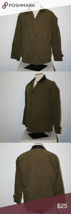 """J.CREW Olive Green Button Up Coat Jacket Large C53 J. Crew  Good Condition  NOTE:  There is a snag at the sleeve hem and a darkend area on the chest - See Photos  Button Front  Two Front Pockets On Each Side (the top one covers one underneath)  Corduroy Collar  Plaid Lining  Size:  Large  Dark Olive Green  Barn or Chore Style  Jacket / Coat    Chest:  53"""" (armpit to armpit then doubled)  Length:  32 1/4""""  Sleeve Length:  25 3/4""""  Shell and Body Lining:  100% Cotton  Sleeve Lining:  100%…"""
