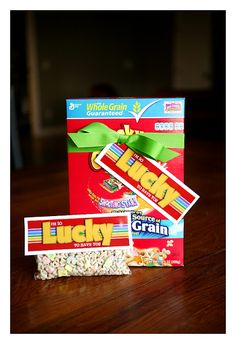 Cute St. Patrick's Day Craft Idea using Lucky Charms #stpatricks #crafts #diy