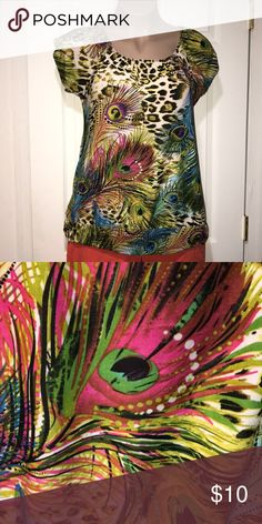 Beautiful Peacock Shirt Very pretty, lots of colors!  Stretchy, great condition. Tops Tees - Short Sleeve