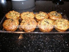 Cevizli Kabak Bombe Tiramisu, Cupcake, Spaghetti, Muffin, Gluten, Pasta, Salad, Breakfast, Ethnic Recipes