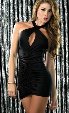 luscious lips tight black dress for clubbing