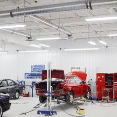 Best auto body repair shop at Glendale collision center. They take care of your vehicle when it goes off damaged or require maintenance as well. We provide vehicle inspection,