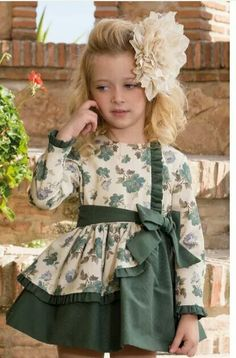 Sewing For Kids Clothes Little Girl Dresses Children 48 Ideas Baby Girl Party Dresses, Little Girl Outfits, Little Girl Dresses, Kids Outfits, Girls Dresses, Baby Frocks Designs, Kids Frocks Design, Baby Girl Fashion, Kids Fashion