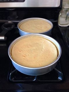 """My Asian family, like others, tends to have a sensitive sweet tooth when it comes to desserts. ot too sweet"""" is always the rule a. Chinese Bakery Cake Recipe, Chinese Sponge Cake Recipe, Chinese Cake, Sponge Cake Recipes, Chinese Food, Chinese Wedding Cake Recipe, Chinese Egg, Fun Baking Recipes, Bakery Recipes"""