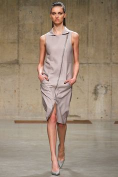 Richard Nicoll Fall 2013 Ready-to-Wear Collection Slideshow on Style.com