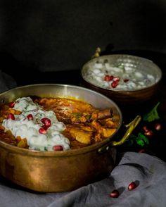Pakkaspäivän pelastus - Lammasmakkara curry granaattiomenajogurttilla