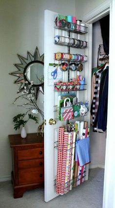 I'm considering doing this for my mom as a Mother's Day gift so she can be prepared for Christmas!