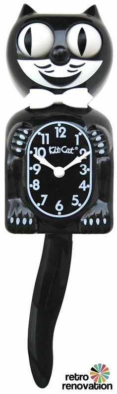Early on in our relationship, I promised Matt I would never decorate with anything cat related, since he is not a huge fan of cats. In exchange he isn't allowed to wear anything with 'git-r-done' on it. However, I think I have to go back on my promise. I need this clock in my new office.