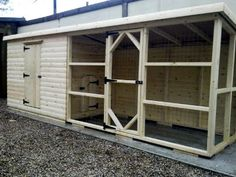 Grand Deluxe Rabbit Shed Hutch with Run - brilliant! I want this! Look at all that SPACE!