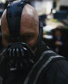 Bane (Tom Hardy) in TDKR