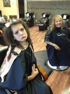 Dance Moms Brooke and Paige hair cut. :) The Hylands make the best faces(: