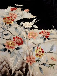 Japanese Kimono Silk Black Tomesode Embroidered Flower P101532   eBay