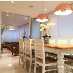 Que charme essa sala de jantar By @arqmbaptista #arquiteturadeinteriores #dinningroom #arquitetura #archdecor #archdesign #archlovers #interiores #instahome #instadecor #instadesign #design #detalhes #produção #decoreseuestilo #decor #decorando #decordesign #luxury #decorlovers #decoração #homestyle #homedecor #homedesign #decorhome #home #style #decoracaodeinteriores #decorazione