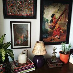 Home decor / home hashtag life/ indian home decor / traditional home / indian art / raja ravi verma / wall art Traditional Home Decorating, Indian Room Decor, Buddha Wall Art, Indian Home Interior, Door Murals, Mandala Print, Room Interior Design, Living Room Paint, Home Decor Kitchen