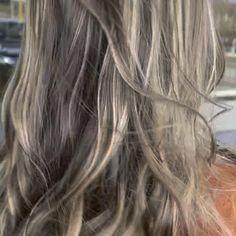 #blonde #balayage #blondebalayage #hair #curledhair #styledhair #hairstyles #hairsalonziva #haircolor #dyedhair Blonde Balayage, Blonde Highlights, Curly Hair Tips, Curly Hair Styles, Hair Care, Hair Color, Beauty, Blonde Chunks, Haircolor